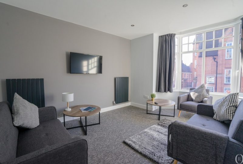 Oliver Rayns Students – 3 Bedroom Student Flat Clarendon Park Road